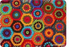 Susannan Työhuone - päiväkirja vanhalta rautatieasemalta: Lappuloita Blanket, Squares, Crocheting, Crochet, Bobs, Blankets, Cover, Comforters, Knits