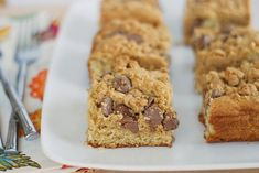 Peanut Butter Chocolate Chip Coffee Cake [should make this with crunchy cookie butter and mini peanut butter cups in the topping]