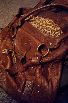 THIS BAG O_O