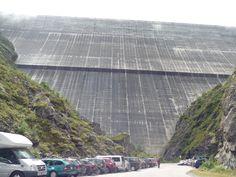 Diga di Dixence, Vallese  La più grande diga  della Svizzera, alta 285 m