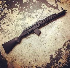 Airsoft hub is a social network that connects people with a passion for airsoft. Talk about the latest airsoft guns, tactical gear or simply share with others on this network Sks Rifle, Assault Rifle, Weapons Guns, Guns And Ammo, Rifles, Custom Guns, Custom Ak47, Submachine Gun, Concept Weapons