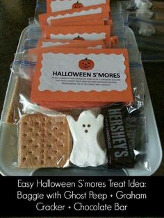 Halloween-Smores | Easy Halloween Party Ideas for Kids | Halloween Treat Bags for Kids to Make