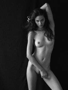 Brune sexy #artistic #nude #photography #photograph #nu #brune #sexy #photographie #erotique