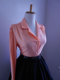 Sexy Vintage 1950s 1960s PRETTY PEACH Button Down Blouse w Pearl Buttons by bluebarnvintage on Etsy
