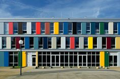 Niekée, school en facilitair gebouw, Roermond, LIAG architecten (2007)