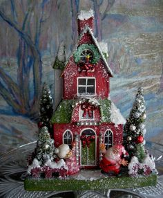 600 × 728 pixels - Christmas Home Decorations Miniature Christmas, Noel Christmas, Christmas Projects, Vintage Christmas, Christmas Ornaments, Christmas Glitter, Xmas, Christmas Village Houses, Putz Houses