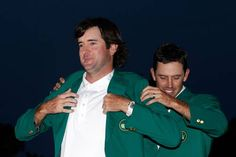Bubba Watson won the Augusta Masters in dramatic fashion after beating South African Louis Oosthuizen at the second hole of a sudden death playoff. Masters Green Jacket, Pga Golf Tournament, Justin Rose, Augusta National Golf Club, Masters Golf, New Daddy, Happy Moments, Sports News, Couple Photos
