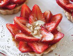 strawberry-hazelnut-tartlets