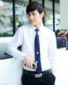 1 Y 2, Young Man, Handsome, Shirt Dress, Actors, Guys, Celebrities, Mens Tops, Shirts