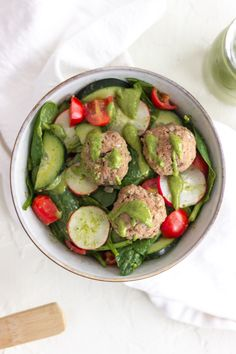 This #whole30 Turkey Meatball Salad with Spicy Avocado Dressing is packed with fresh vegetables like spinach, radishes, tomatoes, and cucumbers. #whole30 #paleo #dairyfree #glutenfree #whole30recipe #whole30ideas #healthymealideas #healthysalad #healthyrecipe #whole30recipes #whole30lunch #lunchideas #realfoodrecipes #whatsforlunch #whole30food #turkeymeatballs #salads #recipes Easy Salads, Healthy Salad Recipes, Whole 30 Recipes, Real Food Recipes, Whole 30 Lunch, Veggie Wraps, Delicious Sandwiches, Turkey Meatballs, Ground Turkey Recipes