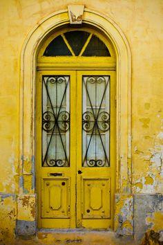 Weathered yellow doors in Mdina, Malta. Cool Doors, Unique Doors, Knobs And Knockers, Door Knobs, Entrance Doors, Doorway, Front Doors, Portal, Travel Photographie