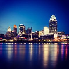 Cincinnati, OH: There's no place like home <3 need this to with the rest of my city skyline pictures