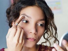 8 Mistakes You're Making When You Fill in Your Eyebrows | SELF #DiyEyeCream Diy Beauty, Beauty Women, Beauty Makeup, Eyebrow Makeup, Beauty Tips, Makeup Eyebrows, Makeup Kit, Makeup Brushes, Makeup Ideas