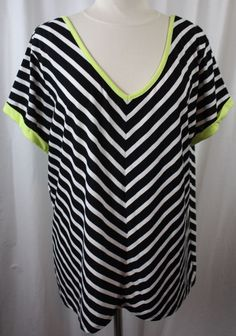 Extra Touch Womens Plus Size Black White Striped Short Sleeve Knit Top #ExtraTouch #KnitTop #Versatile