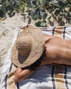 Travel tips, Skopelos destination information, secret Velanio Bay, your bikini will always fit in your beachbag on a clothing optional beach. Cozy remote beach spot. Because beach life is better without clothes.