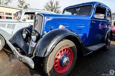 #Peugeot #201 au Rallye des Givrés, reportage complet : http://newsdanciennes.com/2016/02/15/grand-format-le-rallye-des-givres/ #Voiture #Ancienne #ClassicCar