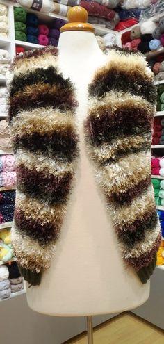 γούνινο γιλέκο για χειμωνιάτικες βόλτες http://stinanemi.gr/?product=scarf-delfino