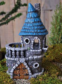 Fairy Castle from www.comeintomygarden.com
