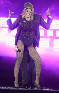 Warning: These Beyonce And Jay Z Grammys Performance GIFs Might Get You Pregnant.