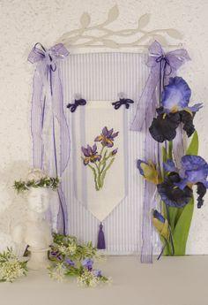 Iris ... Design : Gerlinde Gebert
