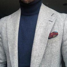 navy turtleneck with light grey herringbone blazer Mens Fashion Suits, Mens Suits, Best Designer Suits, Blazer Outfits Men, Mode Man, Zac Efron, Men Style Tips, Gentleman Style, Blue Fashion