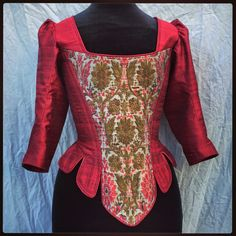 Period Corsets: Period Corsets and Salem; Witch Wars, the battle of the stomachers!