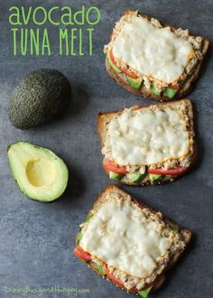 Avocado Tuna Melt Avocado, tomato, tuna salad, and muenster cheese on crunchy toasted whole grain bread. - The Very Best Avocado Tuna Melt recipe made with avocado, peppers and melted cheese Seafood Recipes, Cooking Recipes, Cooking Tips, Comidas Fitness, Tuna Avocado, Fish And Avocado Recipe, Avacodo Tuna Salad, Avacado Meals, Meals With Avocado