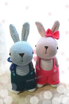 Grace -- sock bunny Domy Rabbits #handmade #craft #sockdoll #DIY Sock Bunny, Sock Dolls, Sock Animals, My Socks, Facebook Sign Up, Rabbits, Smurfs, Hello Kitty, Toys