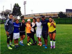 Con los amigos compartiendo un picadito @Angelica Camacho