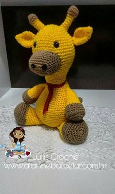 GIRAFA STANLEY AMIGURUMI PASSO-A-PASSO - Lullis Crochê Alanne Barcelar Crochet Geek, Crochet Toys, Pet Toys, Doll Toys, Kids Zoo, Giraffe Crochet, Knitted Animals, Bunny Toys, Amigurumi Toys