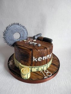 Woodwork Cake. I'm not doing fondant but I could scratch the ganache to make it look like wood