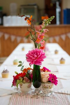 village hall wedding (photography by Dawn McKie, styling by Little Wedding Helper)