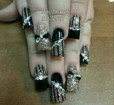 We all want beautiful but trendy nails, right? At the same time we want something different and worldly. Here's a look at some beautiful nude nail art. Silver Nails, Rhinestone Nails, Bling Nails, 3d Nails, Bling Bling, Fancy Nails, Cute Nails, Pretty Nails, Fabulous Nails