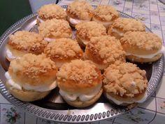 Pražské koláče • recept • bonvivani.sk Muffin, Breakfast, Food, Basket, Morning Coffee, Muffins, Meal, Essen, Hoods