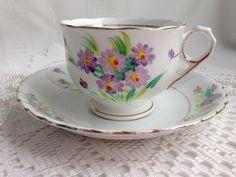 Taza de té de China de Phoenix y platillo, T F y S Ltd, bastante púrpura…