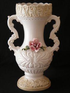 Grande e Antigo Vaso De Porcelana Capodimonte. Relíquia Italiana! (VENDIDO)                                                                                                                                                      Mais