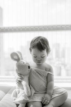 Sulk by Tran Toan on Amazing Photos, Cool Photos, Nanny Agencies, Baby Health, Forever Young, Happiness, Women's Fashion, Children, Painting