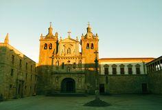 Sofia Lima  Beira Alta, Portugal     http://portugalmelhordestino.pt/fotos_concurso/0c209150533824e7ba3eaf6e8a8adea8.jpg