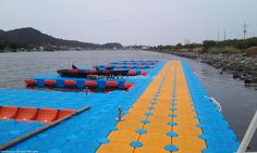 This is floating marina facilities located in Ulsan, Korea with NEXT FLOAT. 울산에 설치된 넥스트플로트의 마리나 시설입니다,