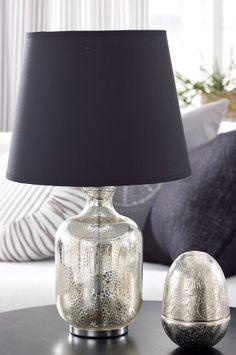 Postorderdrömmar om inredning - Ellos - Roomservice.blogg.se Table Lamp, Elegant, Living Room, Interior Design, Lighting, Frame, Glass, Home Decor, Blogg