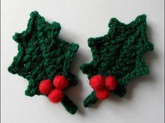 Crochet Leaf Patterns, Crochet Leaves, Crochet Flowers, Crochet Christmas Ornaments, Christmas Crochet Patterns, Handmade Christmas Decorations, Crochet Home, Crochet Crafts, Crochet Projects