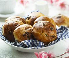 Σταφιδόψωμο | Συνταγή | Argiro.gr Sweet Pastries, Biscuit Recipe, Greek Recipes, Pretzel Bites, Biscotti, Rolls, Sweets, Snacks, Vegan