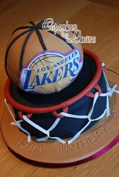 Lakers basketball cake