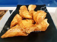 Κασεροπιτάκια της Στάλως #casserole #pie #greekrecipe #traditional #tastedriver Recipes, Recipies, Recipe