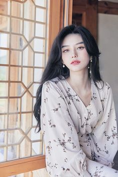 These beautiful girls look like dolls in real life. Mode Ulzzang, Ulzzang Korean Girl, Pretty Korean Girls, Cute Korean Girl, Sexy Asian Girls, Photographie Portrait Inspiration, Uzzlang Girl, Beautiful Asian Women, Aesthetic Girl