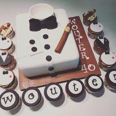 Tuxedo birthday cake #birthdaycake #cake #sugarpaste #cakedesign #cupcake