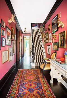 coral colored walls mixed with dark oak flooring + a white ceiling, finished wit. coral colored walls mixed with dark oak flooring + a white ceiling, finished with a cache of vintage art + eclectic accessories. Wall Colors, House Colors, Paint Colors, Room Colors, Home Decor Trends, Diy Home Decor, Decor Ideas, Wall Ideas, Home Interior