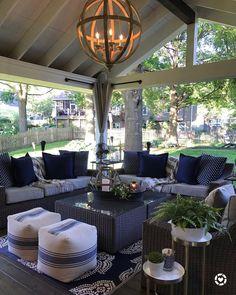comfy porch design ideas for backyard 11 Outdoor Living Rooms, Outdoor Spaces, Outdoor Decor, Outdoor Patios, Outdoor Kitchens, Living Spaces, Backyard Furniture, Outdoor Furniture Sets, Farmhouse Furniture