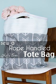 So cute and so much easier than it looks - I could do this! Sew a Tote with Rope Handles - DIY Tote Tutorial - Melly Sews