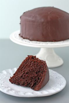 A recipe for an egg-less chocolate cake with a ganache glaze, perfect for vegetarian birthday cakes Eggless Recipes, Eggless Baking, Cake Recipes, Eggless Desserts, Eggless Chocolate Cake, Homemade Chocolate, Chocolate Cake With Ganache, Chocolate Glaze, Vegan Chocolate